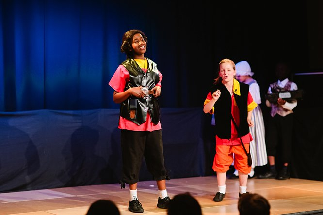 Cathedral School Play July 2017-50