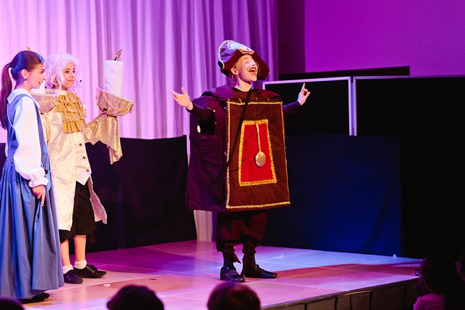 Cathedral School Play July 2017-115