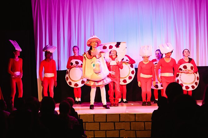 Cathedral School Play July 2017-120