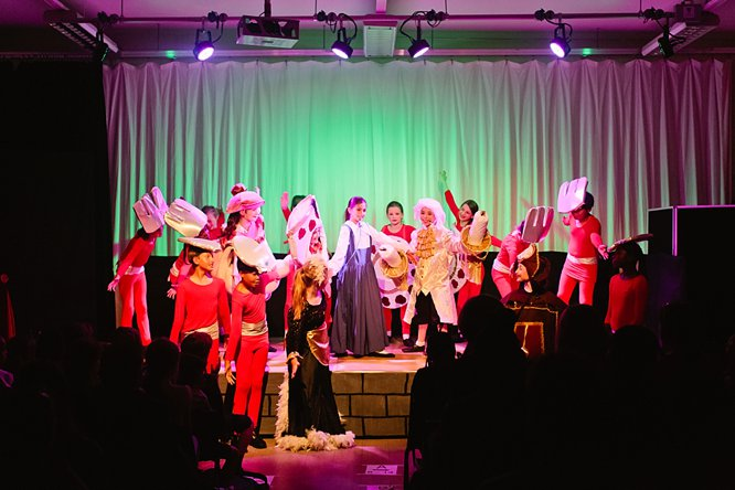 Cathedral School Play July 2017-126