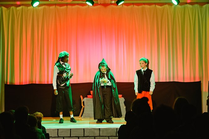 Cathedral School Play July 2017-149