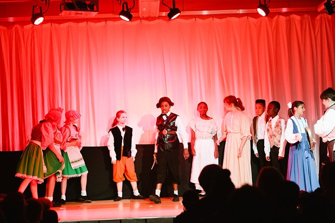 Cathedral School Play July 2017-163