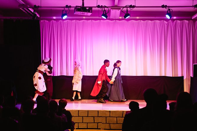 Cathedral School Play July 2017-174