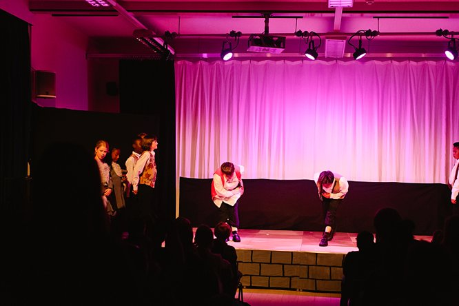 Cathedral School Play July 2017-182
