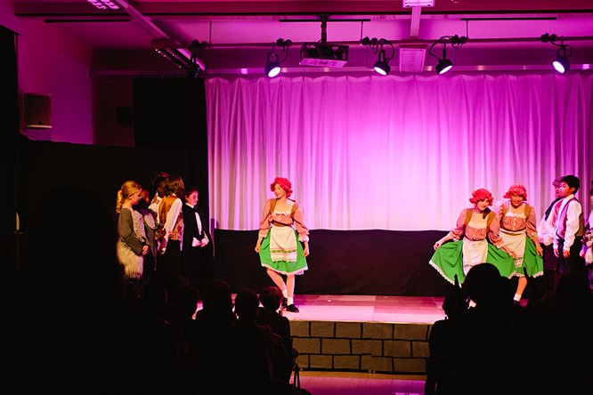 Cathedral School Play July 2017-184
