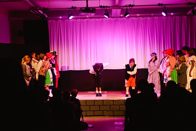 Cathedral School Play July 2017-187
