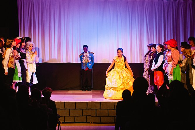 Cathedral School Play July 2017-191