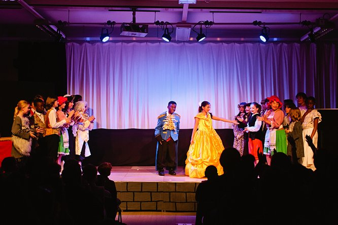 Cathedral School Play July 2017-192