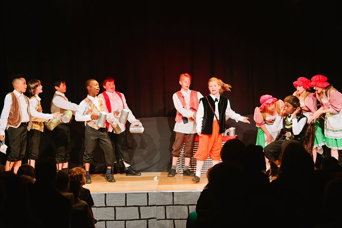 Cathedral School Play July 2017-92