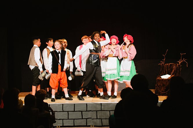 Cathedral School Play July 2017-97